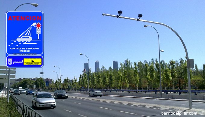 Radar Semáforo Avenida Ilustración