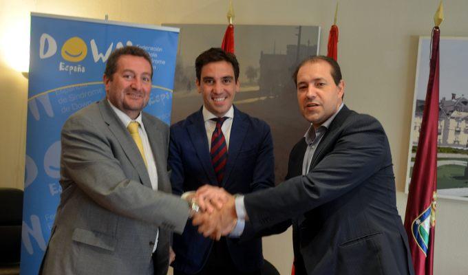 Firma convenio Unió por el rugby inclusivo