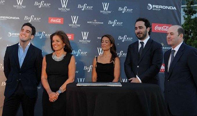 Ana Botella primera piedra restaurantes Cuatro Torres