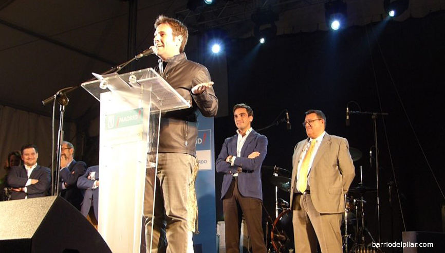 Pregón de Carlos Latre. Fiestas Barrio del Pilar 2013