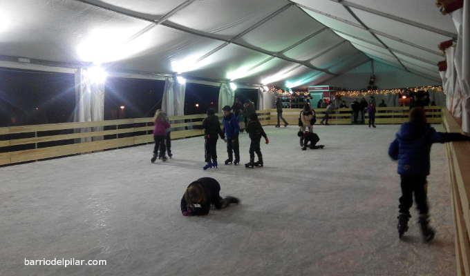 Pista de Patinaje sobre Hielo del Barrio del Pilar. Navidad 2014-2015