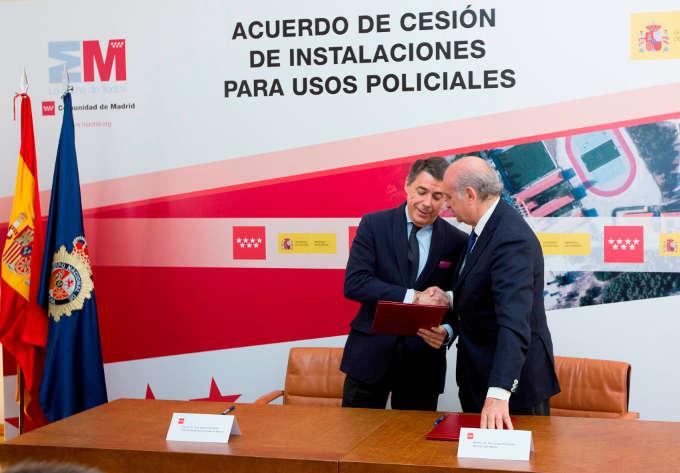 Firma acuerdo cesión academia de policía de la Comunidad de Madrid