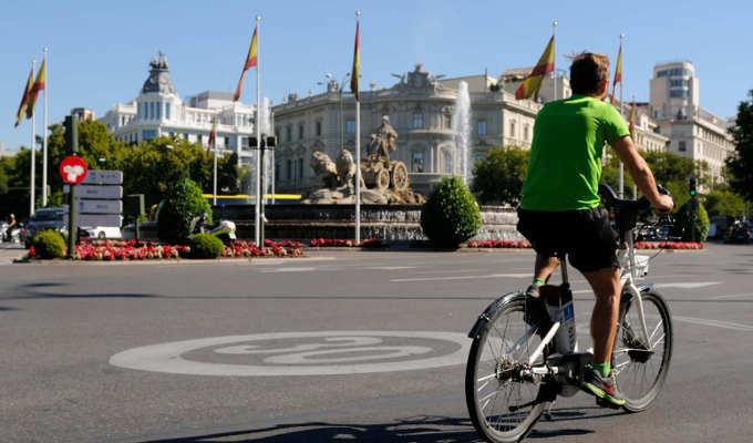 Plaza de Cibeles en bici