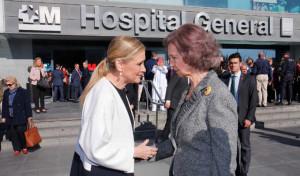 S.M. la Reina Sofía y Cristina Cifuentes en el 50º aniversario del Hospital Materno-Infantil La Paz