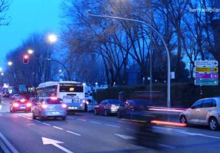 Rádar de semáforo rojo en la avenida de Monforte de Lemos