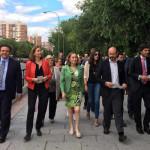 Ana Pastor visita el Barrio del Pilar