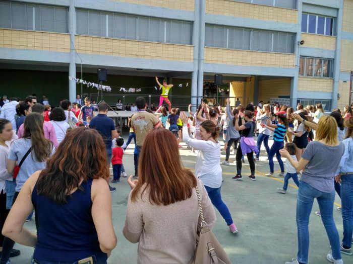 Zumba. Fiestas del Colegio Valdeluz 2017